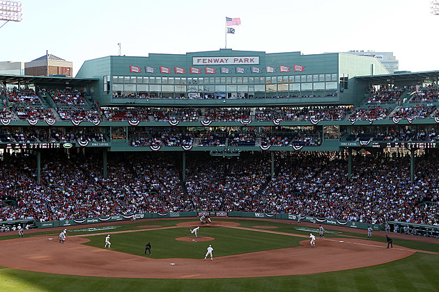Fenway Park To Expand Protective Netting Beyond Home Plate In 2016